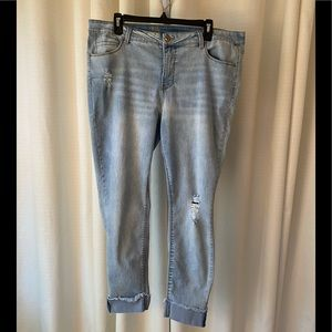 True Craft Mid Rise Skinny Ankle Jeans size 18